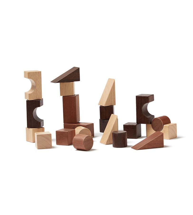 21-tlg. Set Holz Bauklötze